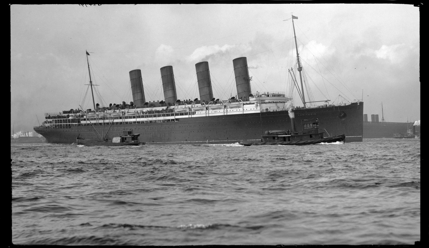 hight resolution of lusitania the epic battle over its biggest mystery