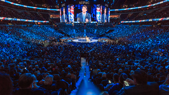 Speaking before a crowd of 18,000