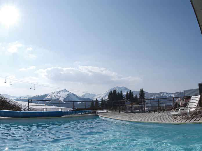 Le club belambra le viking se trouve au croisement des pistes de ski des stations de morzine, nyon et des gets. Hotel Viking Morzine France Iglu Ski