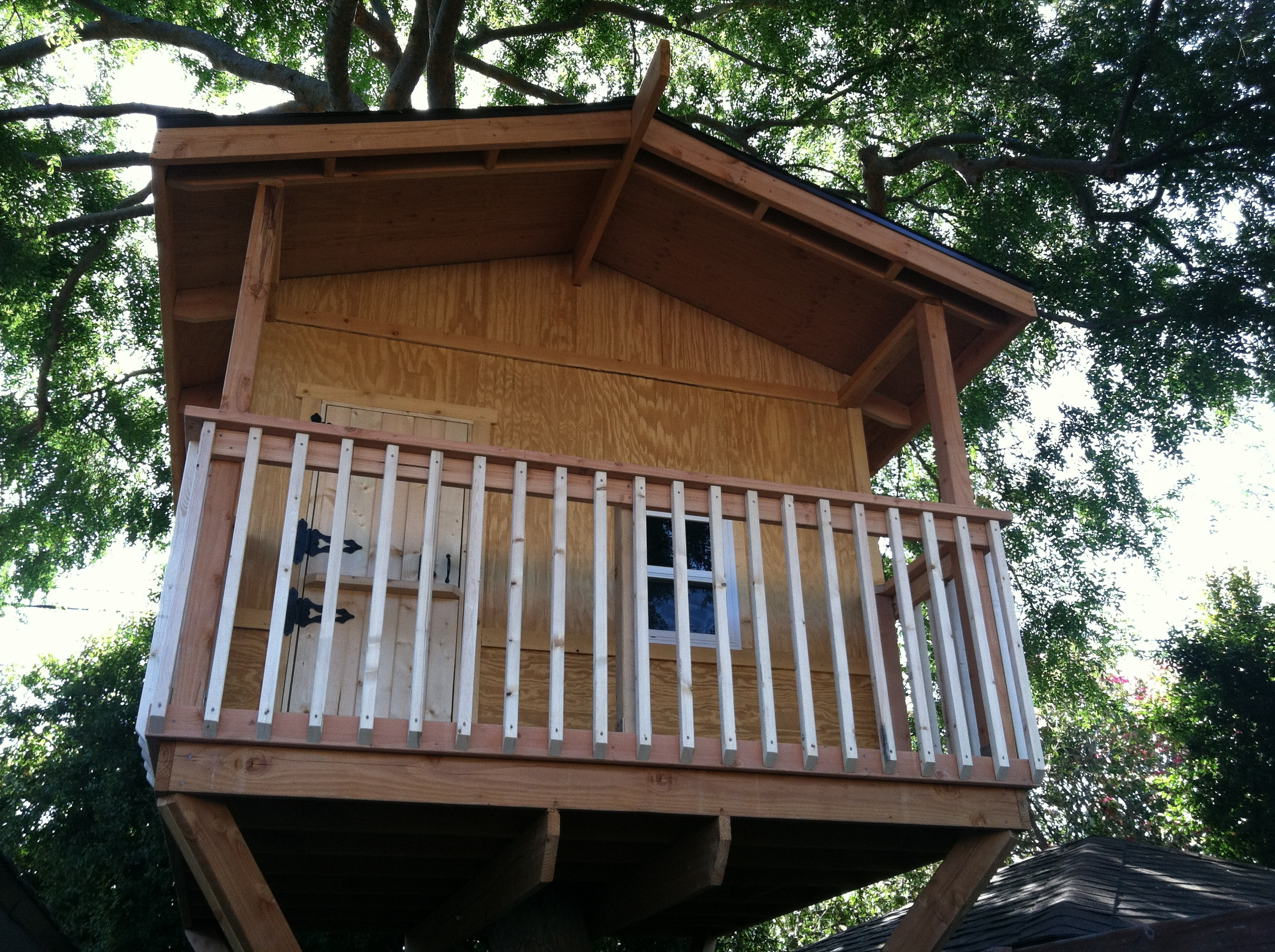 Building A Treehouse 8 Steps With Pictures Instructables