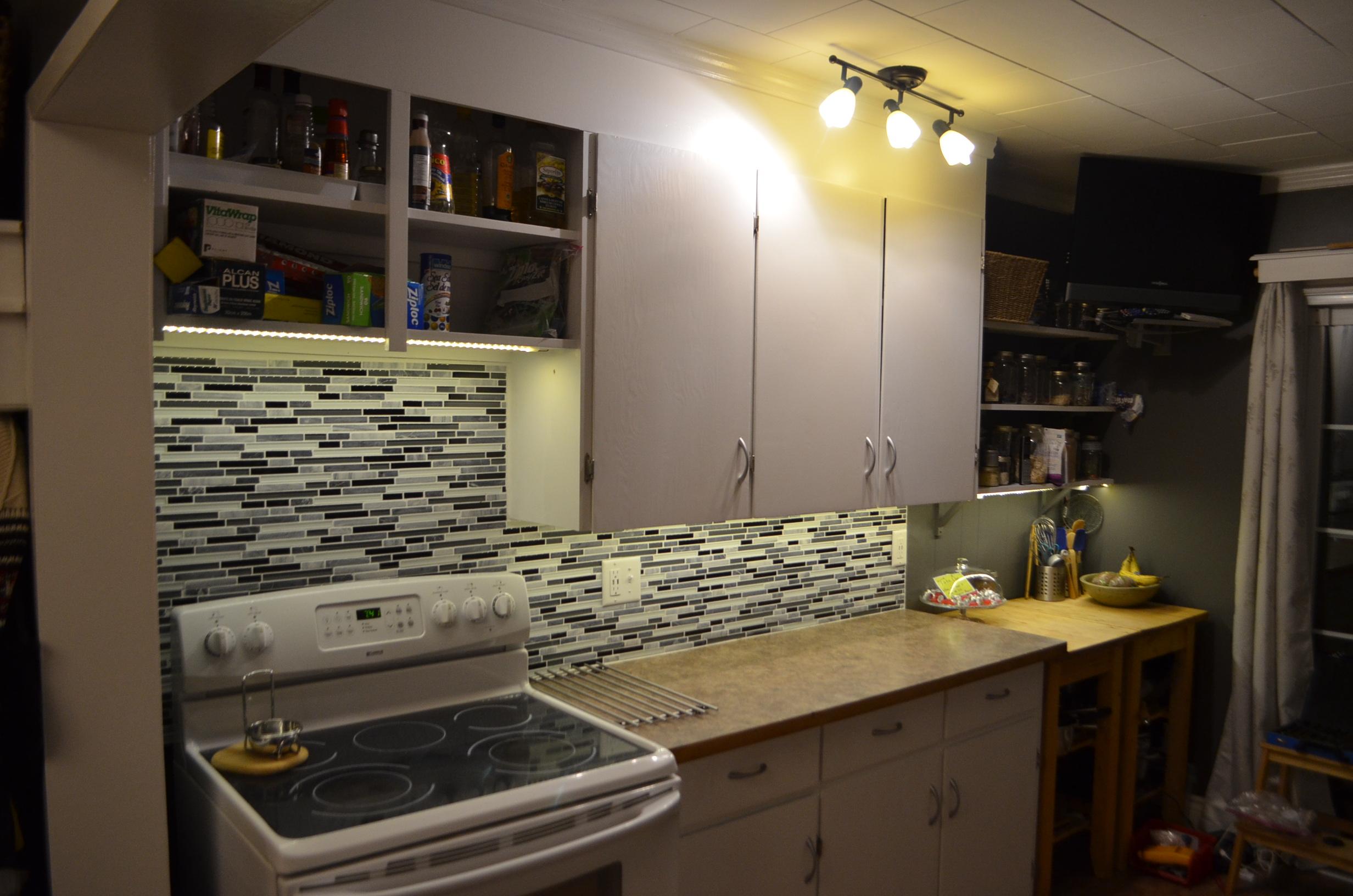 led tape under cabinet lighting no