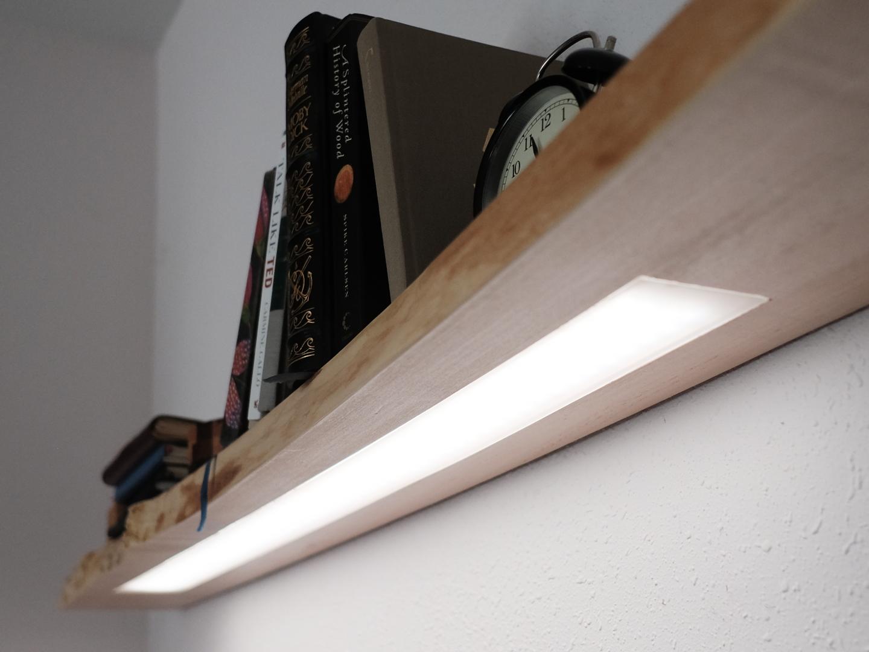 floating shelf w hidden led lighting