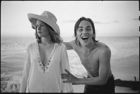A gallery of Mary Ellen Mark's behind the scenes photos from film and stage