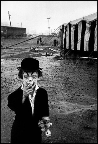 Send in the Clowns – Magnum photos for National Clown Week