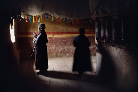 Silhouettes and Shadows – photos by Steve McCurry