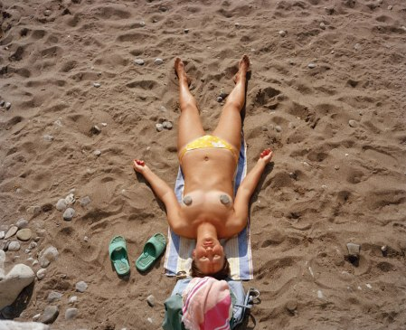 Magnum photographer Martin Parr goes to the beach