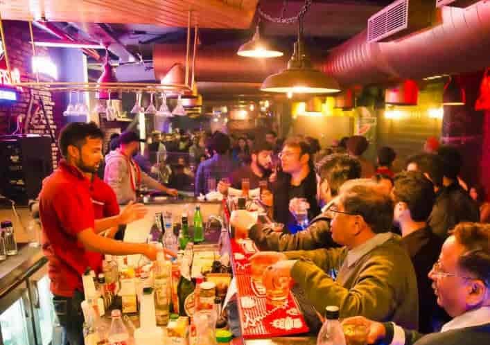 Places in Delhi NCR for a cheap weekend party