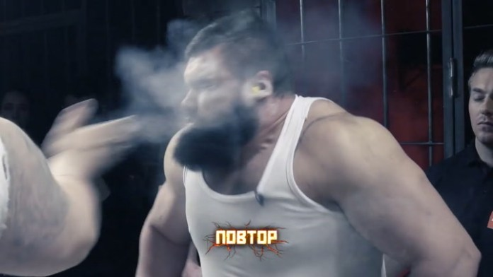 Resultado de imagen para concurso de bofetadas carcel rusa