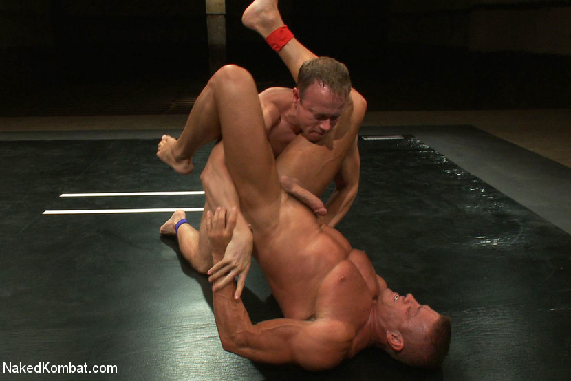 Muscle on Muscle - Tyler Saint takes on Ethan Hudson - anal