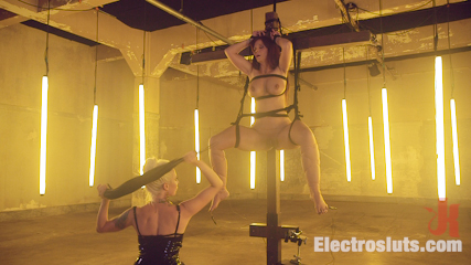 Desperate Slut Syren de Mer Begs to be Electro Fucked and Fisted