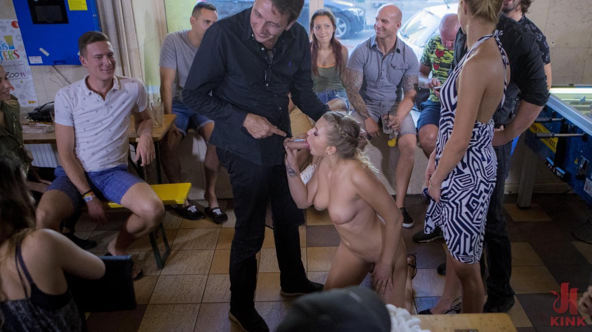 Сексуальная сербская подчиненная анальная шлюха Виван Хилл - унижение
