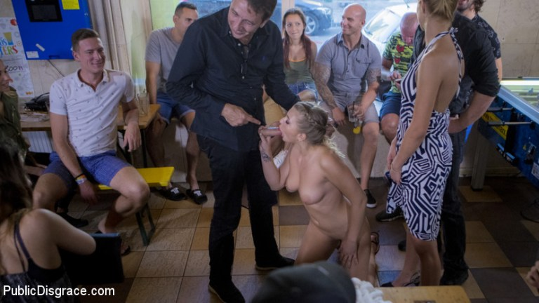 सेक्सी सर्बियाई विनम्र गुदा फूहड़ हवा हिल - निरादर