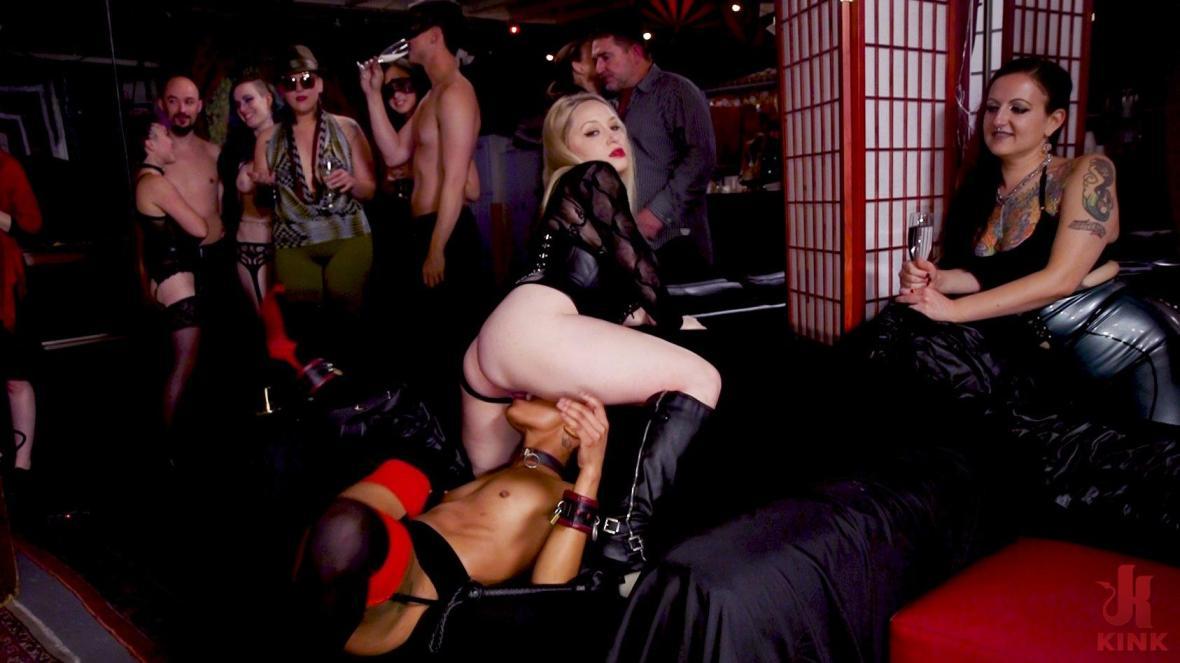 受虐狂的肛门爱在BDSM球上全部爱上 - 绳索束缚