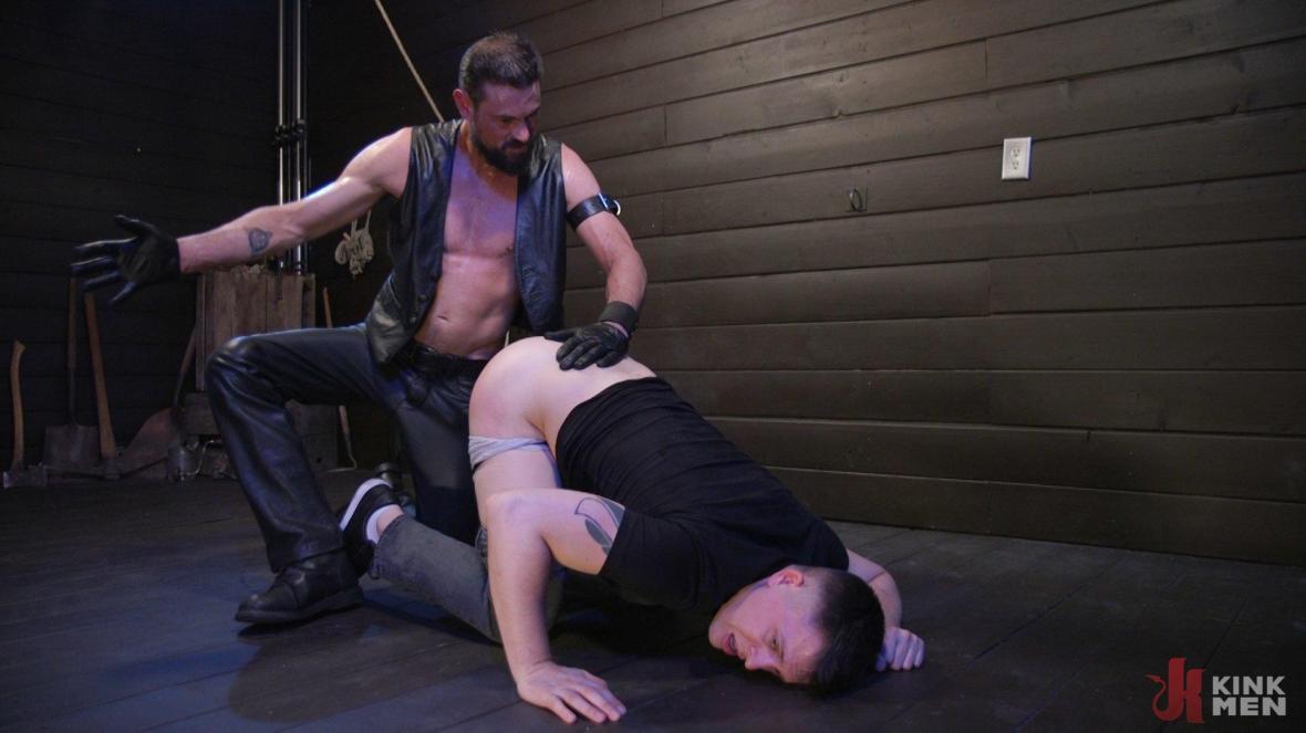 Tyler Rush Cowers Before Max Ferro - domination