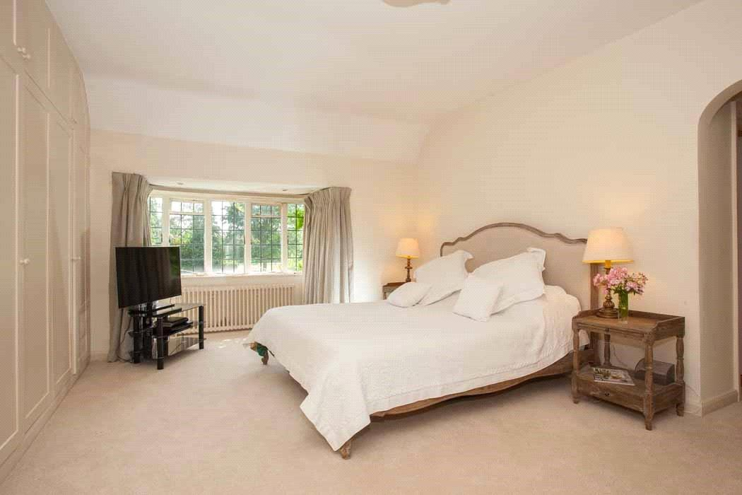 House For Sale In Steep Hill Chobham Woking Surrey