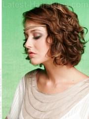 chic medium length wavy hairstyles