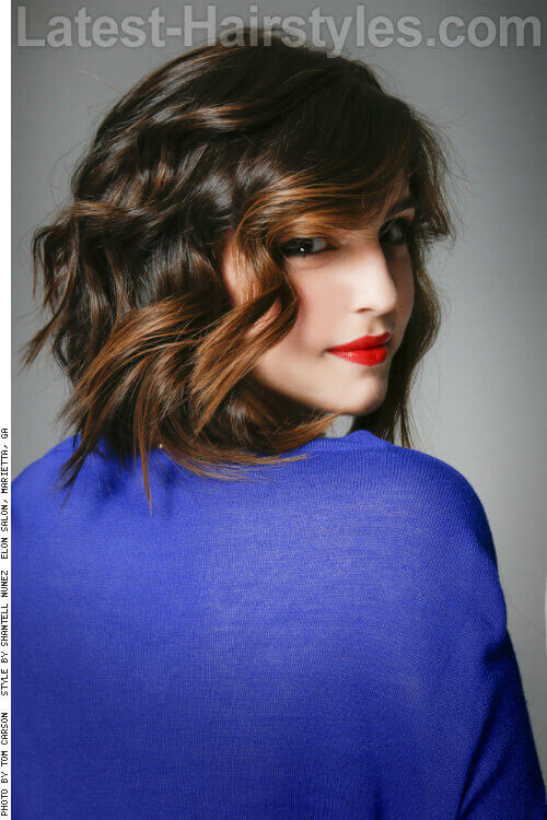 Layered Bob Hairstyle with Beachy Waves Side
