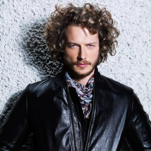 The 24 Sexiest Men's Curly Hairstyles Ever
