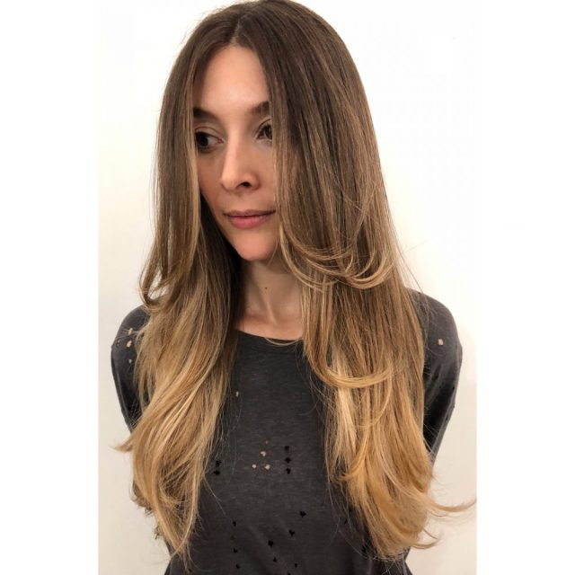 24 flattering middle part hairstyles in 2019