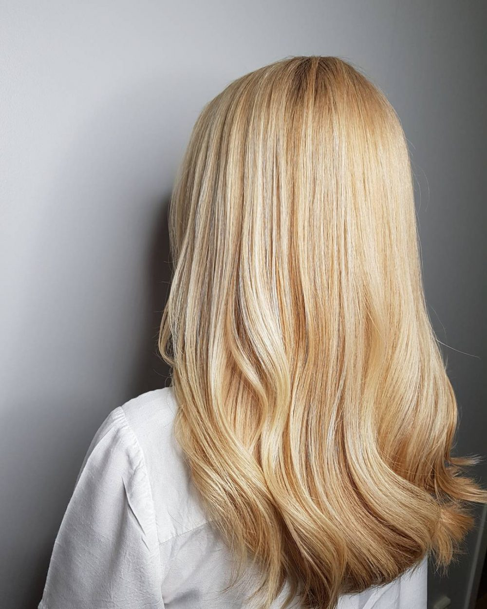 33 Hottest Honey Blonde Hair Color Ideas For 2018