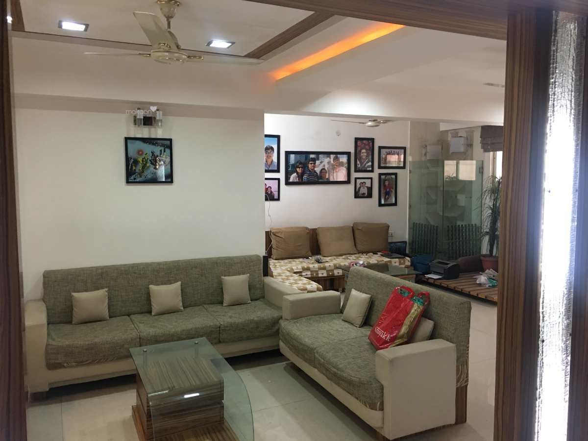 j kalachand sofa 2 seater grey bed bhk property in jaora compound main road properties for sale indore