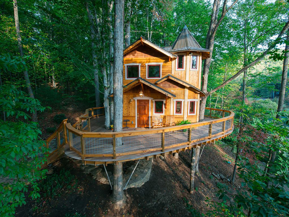 Vacation Rentals 10 Epic Treehouses To Rent For The Night Money