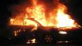 حرق سيارة رئيس مركز شرطة المرور بالمكنين