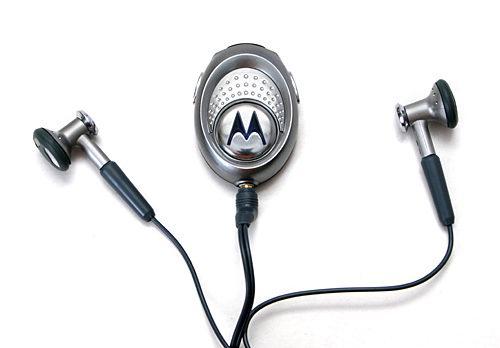 Гарнитуры Motorola HS830 и Sony Ericsson HBH-608