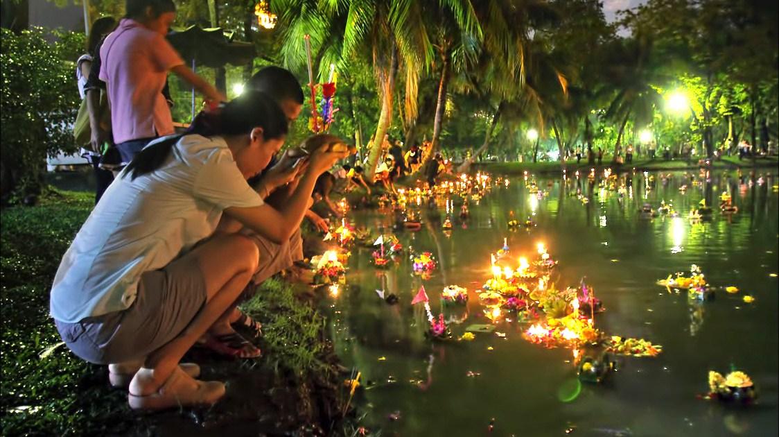 Loy Kratong in Phuket