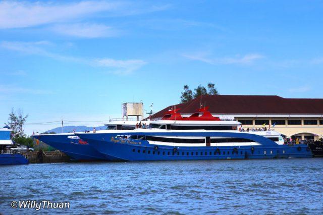 Ferry to Phi Phi Island