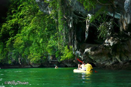phang-nga-canoe-3
