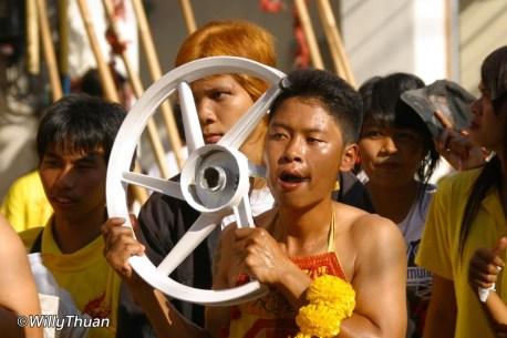 phuket-vegetarian-festival-7