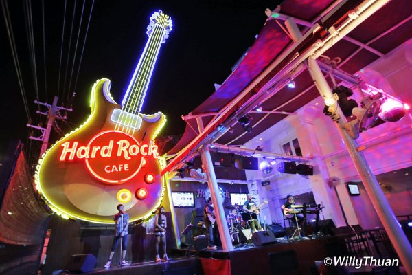 Hard Rock Cafe Phuket – Patong Beach