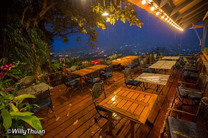 tung-ka-cafe-rain1