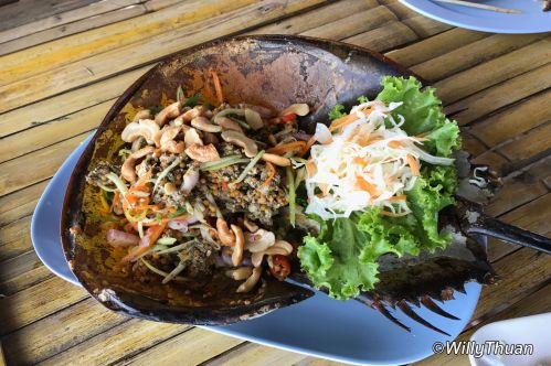 Yum Kai Mang Da Talay