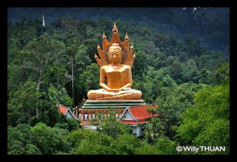 sitting-buddha-near-krabi