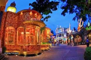 phuket-fantasea-shopping-1