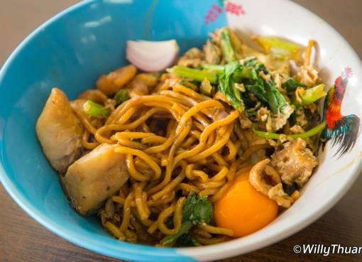 Mee Ton Poe Hokkien Noodles in Phuket Town