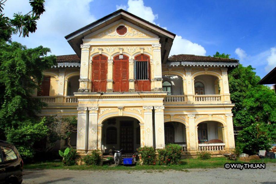 Explore Old Phuket Town