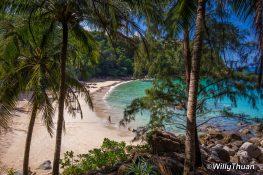 banana-beach-phuket-1