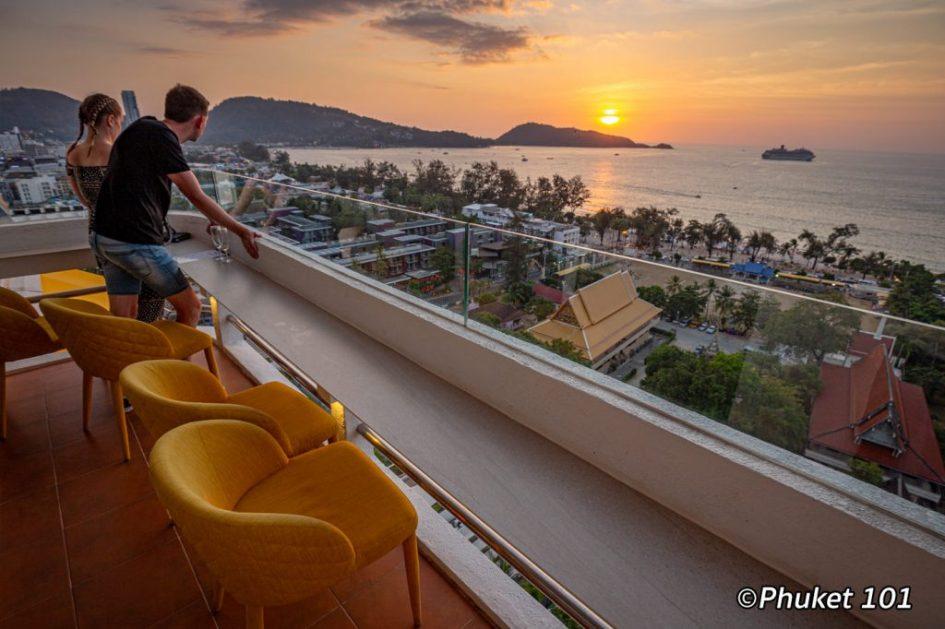 Andaman Sky Lounge in Phuket