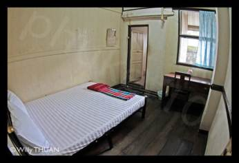 on-on-hotel-room-phuket