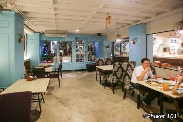 b-cat-cafe-phuket-4