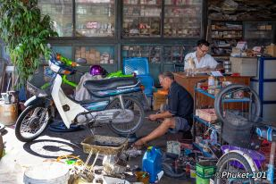 phuket-town-bike-repair