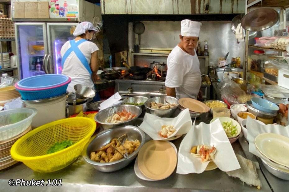 hong-khao-tom-pla-phuket-town