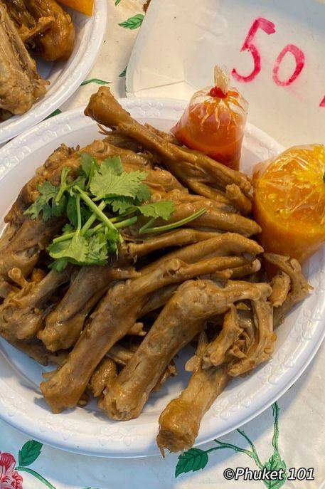 kor-jaan-night-market-duck-feet