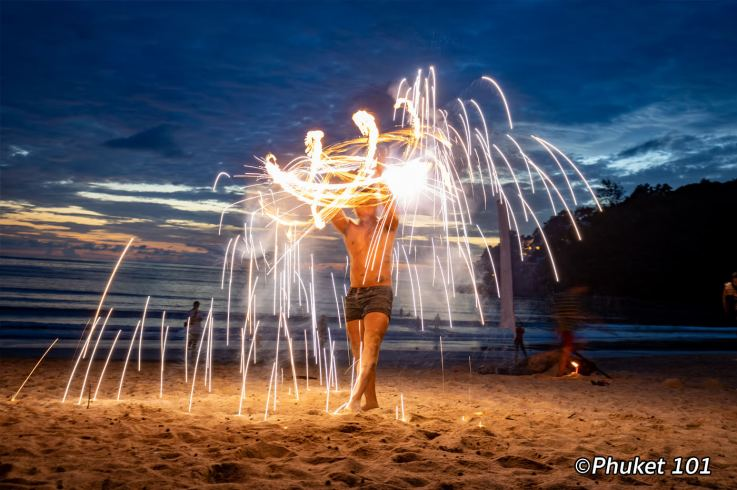 pine-beach-club-fire-show