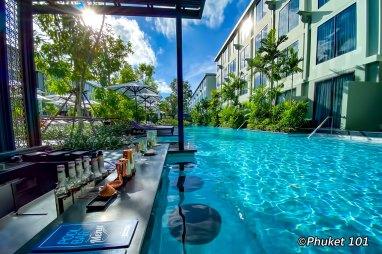 four-points-sheraton-phuket-pool-bar-1