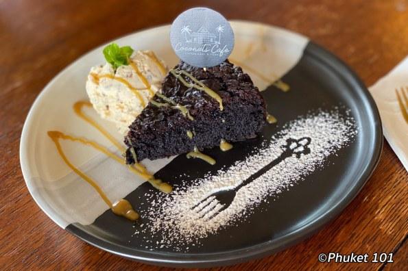 brownie-coconuts-cafe-phuket