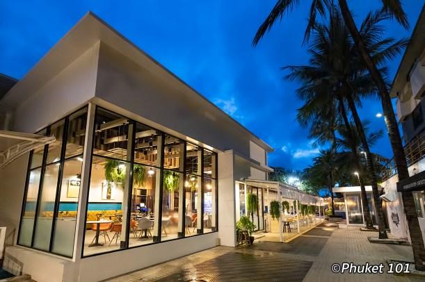 the-port-restaurant-double-tree-by-hilton-phuket